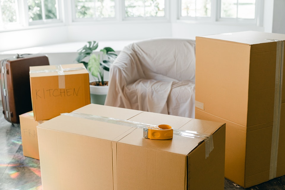 boxes to get ready for moving to Potomac by informing yourself well about the place you are about to go to.